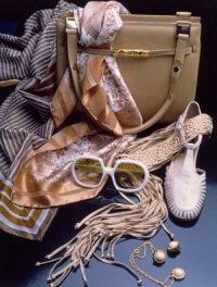 Accessoires für Frauen, Sonnenbrillen und Modeschmuck