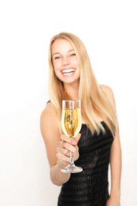 Ratgeber Partymode: Preisgünstige und elegante Partymode