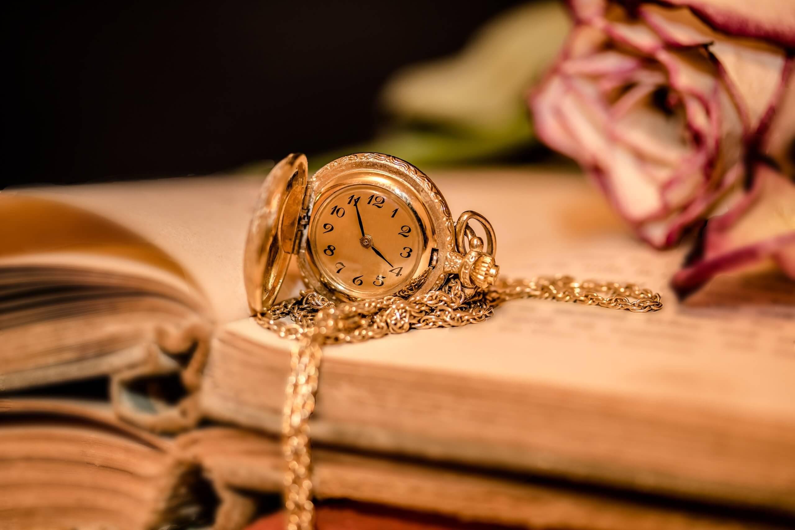 clock-2133825